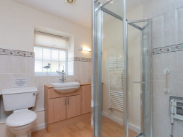 fully accessible bathroom in holiday cottage | Patson Hill