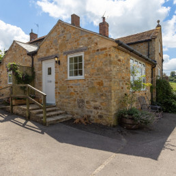 Self catering cottages West Dorset, Sandford Cottage | Patson Hill